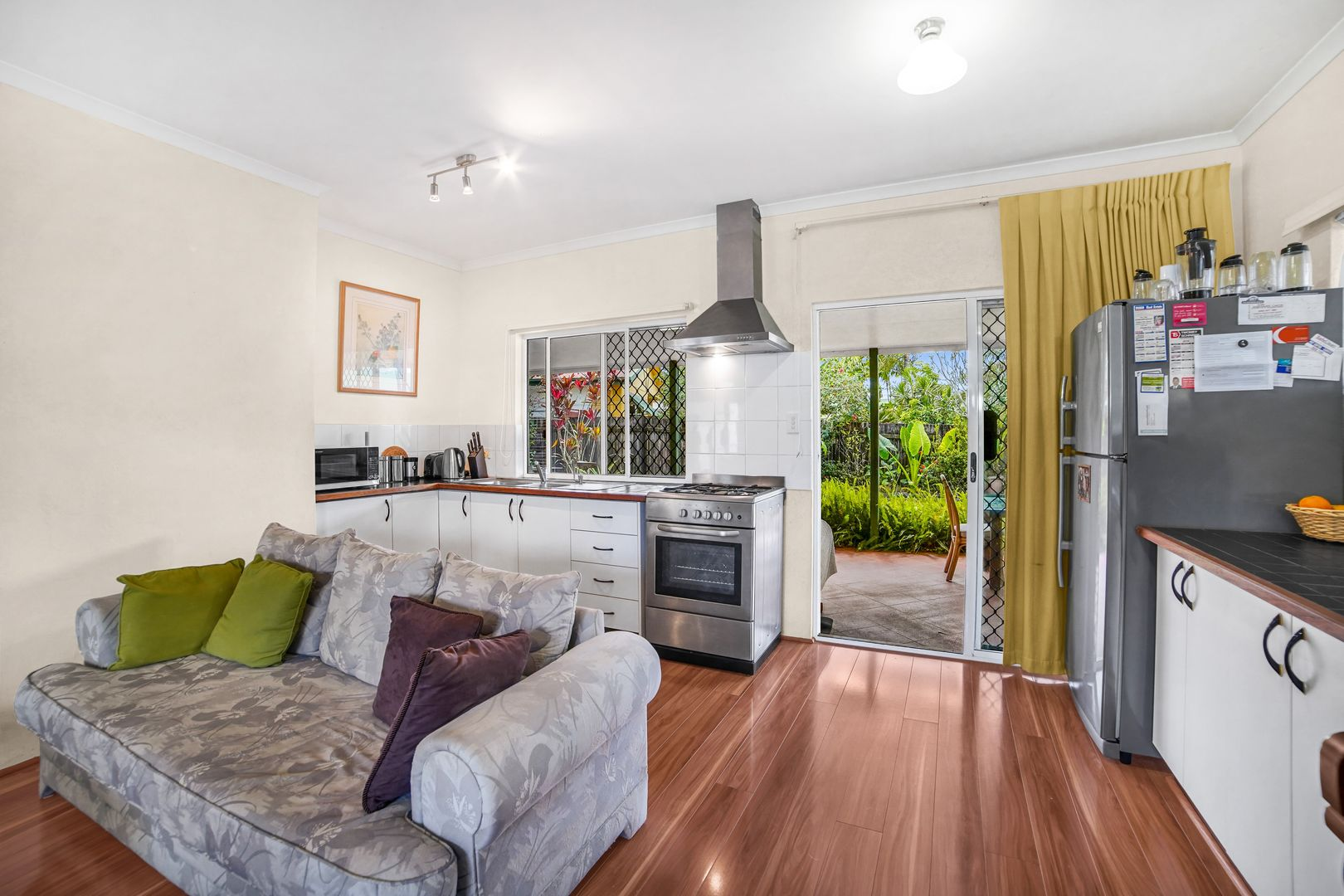2 Sirens  Court, White Rock QLD 4868, Image 2