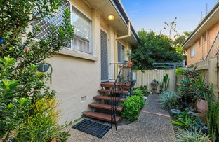 Picture of 2/17 Park Road, Yeronga QLD 4104