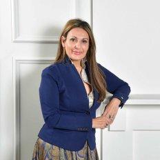 Diana Vescio, Sales representative