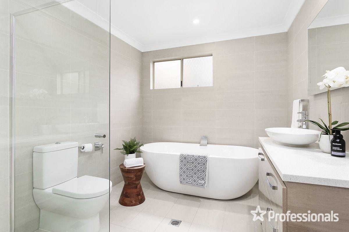 95 Bignell Street, Illawong NSW 2234, Image 2