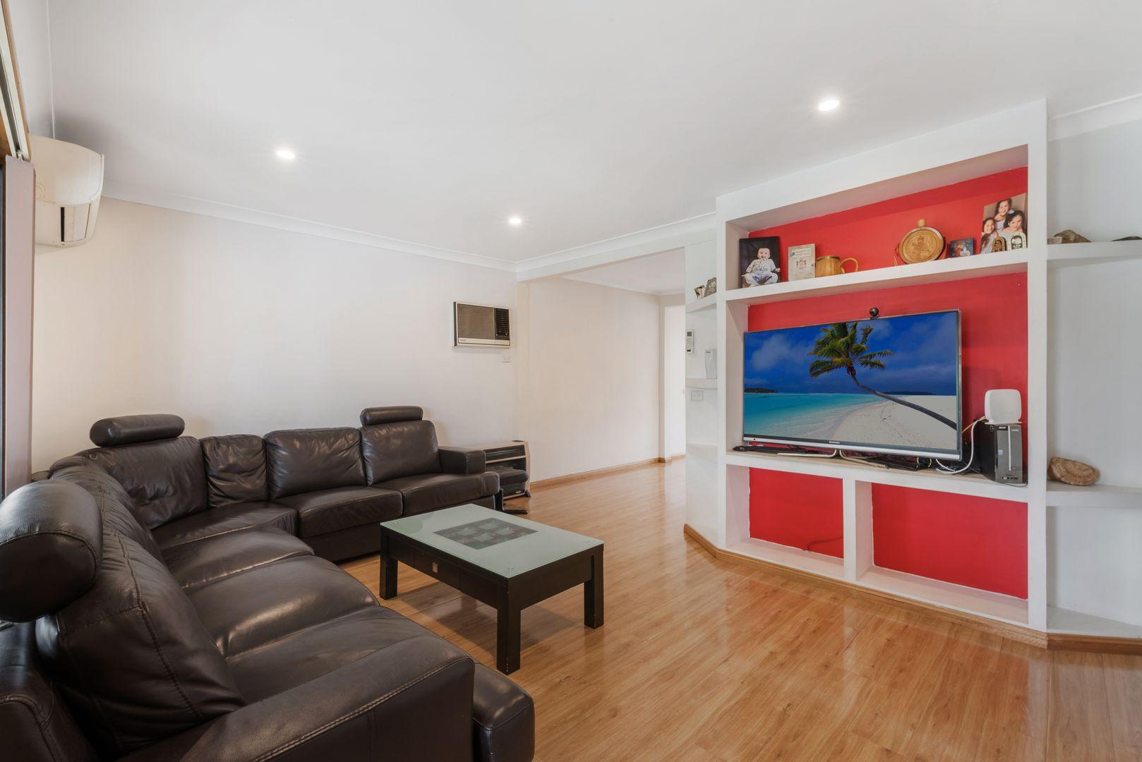 29 Tumbarumba Crescent, Heckenberg NSW 2168, Image 2