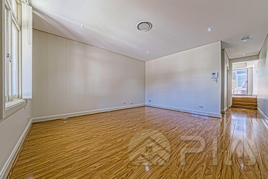 21 Marion Street, Parramatta NSW 2150, Image 2