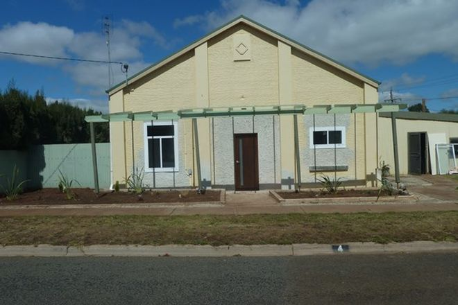Picture of 4 Mount Street, WYCHEPROOF VIC 3527