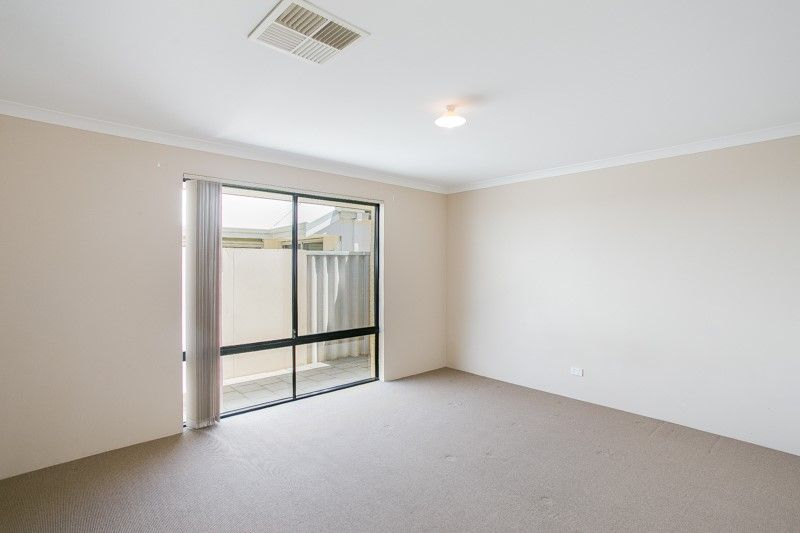 20 Southacre Drive, Canning Vale WA 6155, Image 2