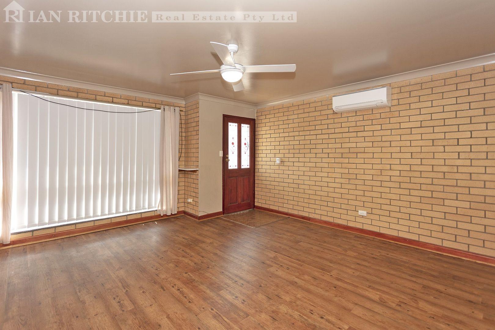 1 & 2/449 Griffith Road, Lavington NSW 2641, Image 1