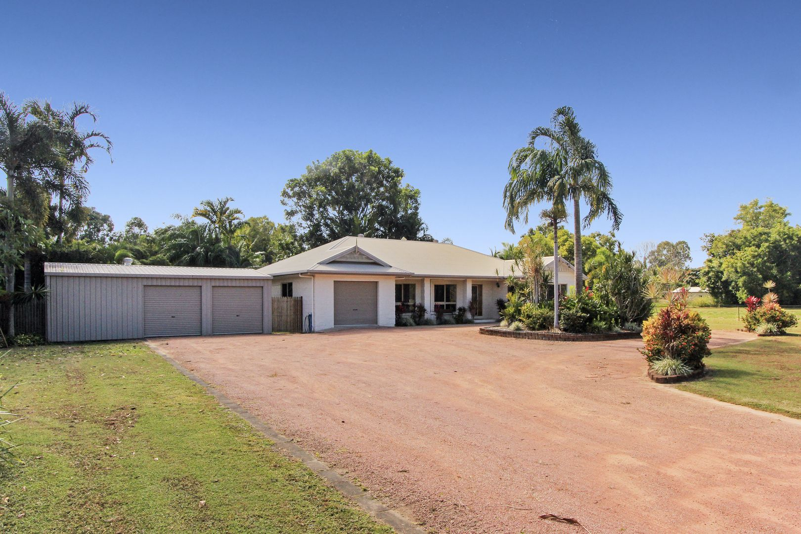 8 Blue Mountain Drive, Bluewater Park QLD 4818, Image 0