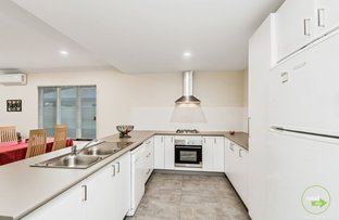 Picture of 2/102 Astley Street, Gosnells WA 6110
