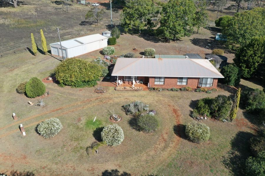 87 Evans Road, Highfields QLD 4352, Image 2