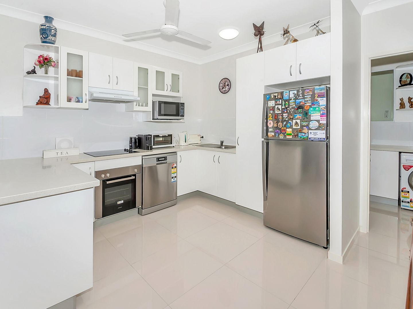 13/35 Upolu Esplanade, Clifton Beach QLD 4879, Image 2