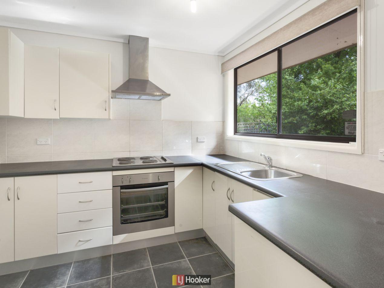 11 Packham Place, Charnwood ACT 2615, Image 1