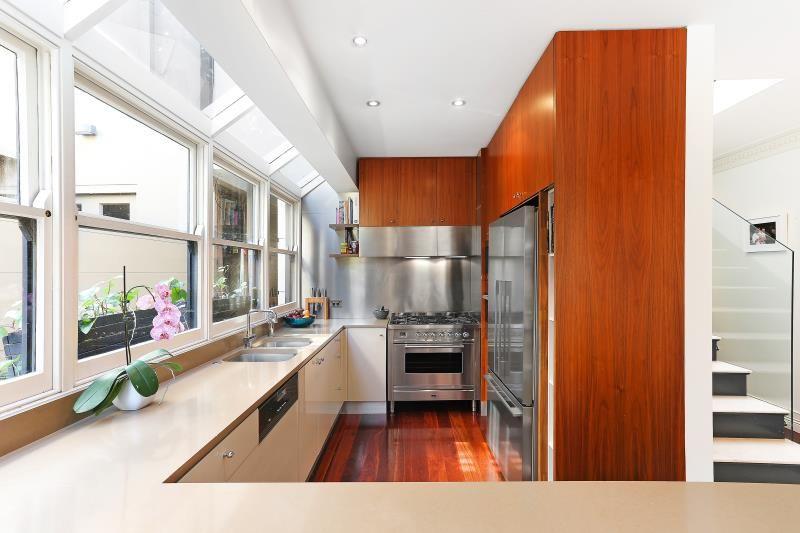 130 Fletcher Street, Woollahra NSW 2025, Image 2