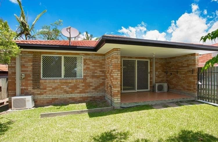 2 bedrooms Apartment / Unit / Flat in 1/16 Wallace Street CHERMSIDE QLD, 4032