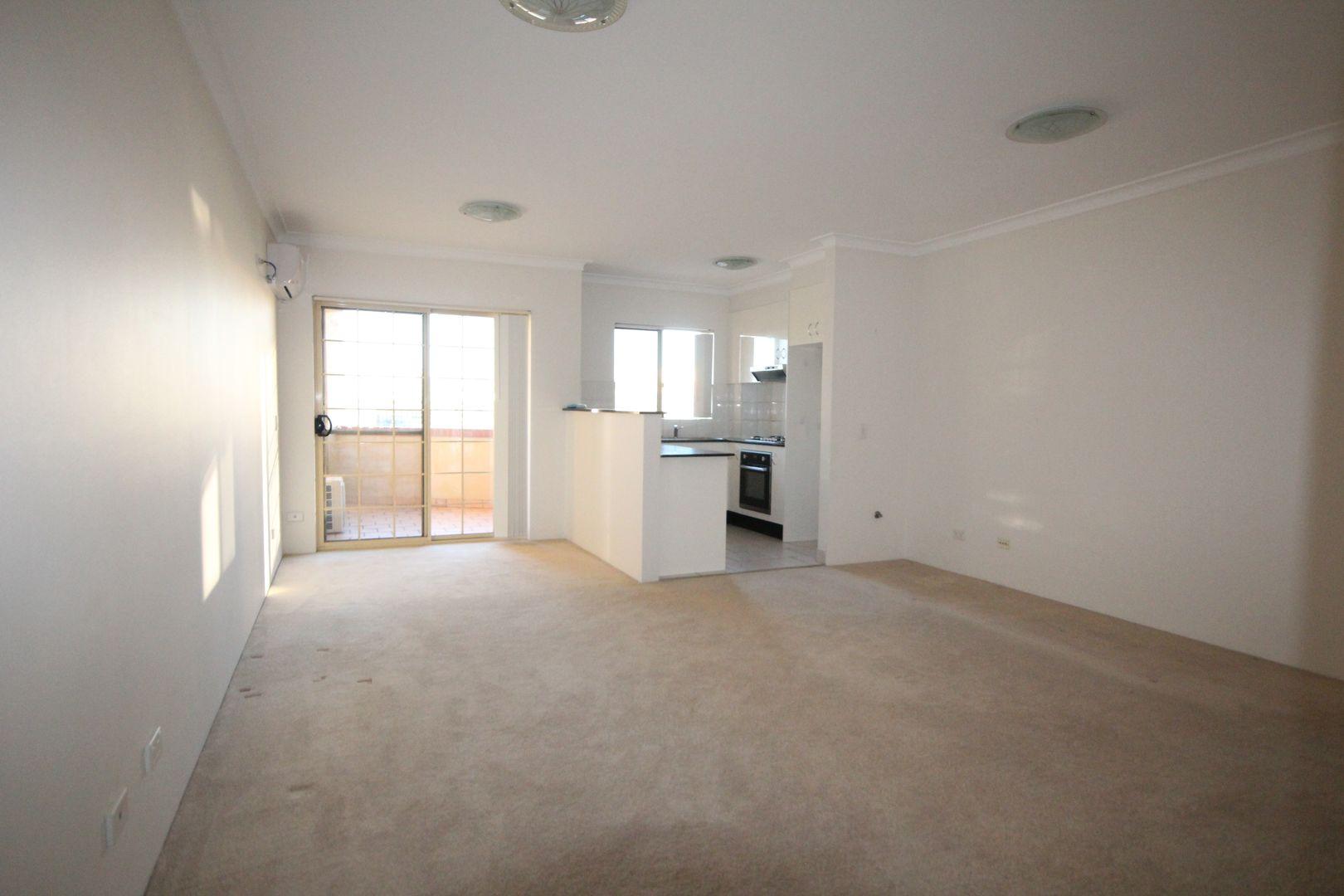 31/1 Macquarie Street, Parramatta NSW 2150, Image 0