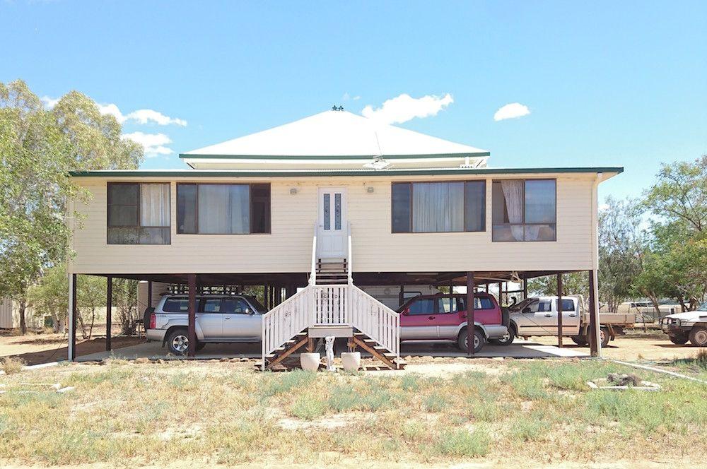 113 Woodbine Rd, Blackall QLD 4472, Image 0