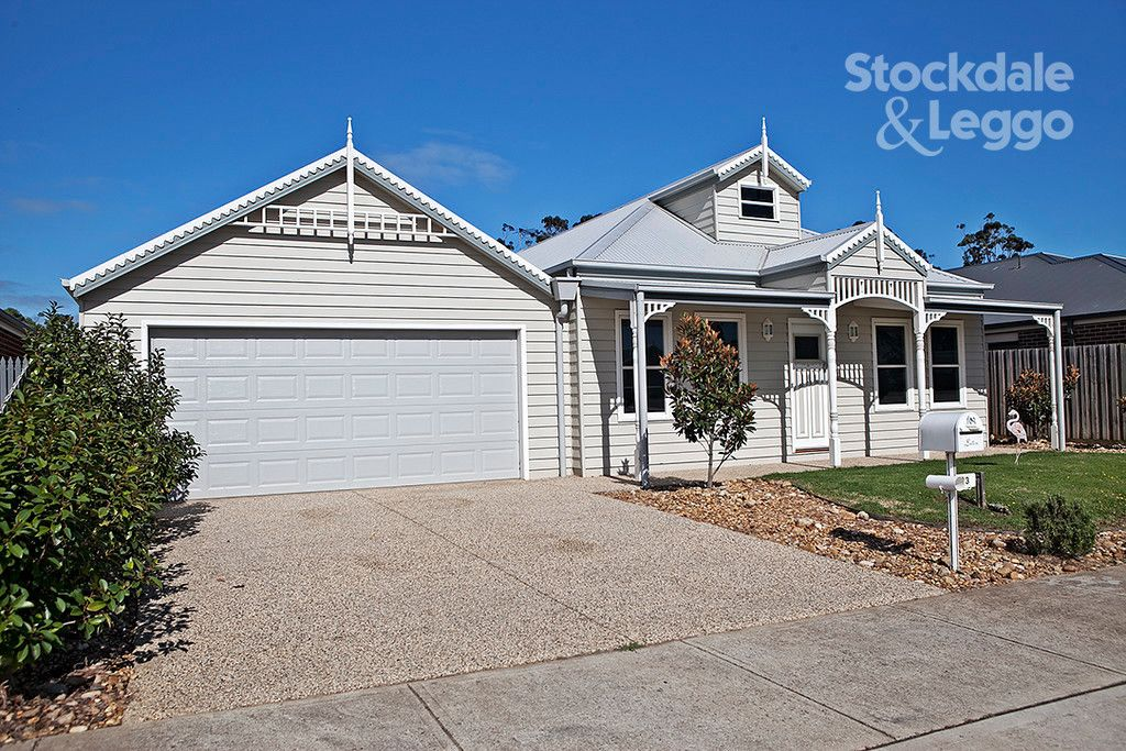 93 Cook Street, Drouin VIC 3818, Image 1