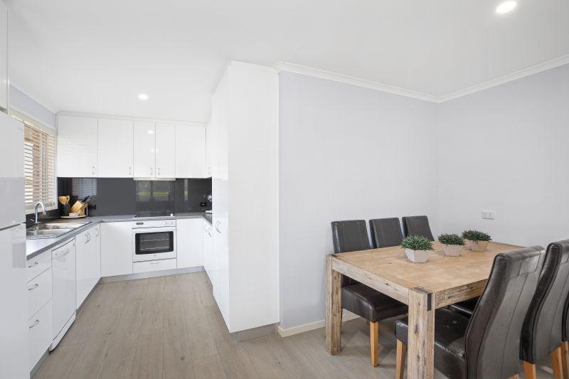 25 Phyllis Avenue, Kanwal NSW 2259, Image 2