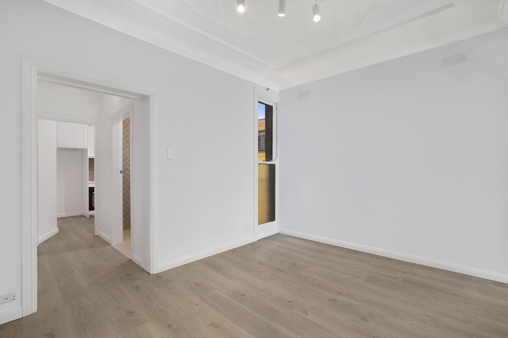 8/6-8 Hughes Street, Potts Point NSW 2011, Image 1