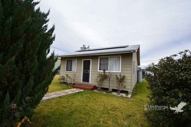 Picture of 35 Barawell Street, WALLANGARRA QLD 4383