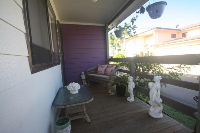 2/368 Oxley Drive, Runaway Bay QLD 4216, Image 2