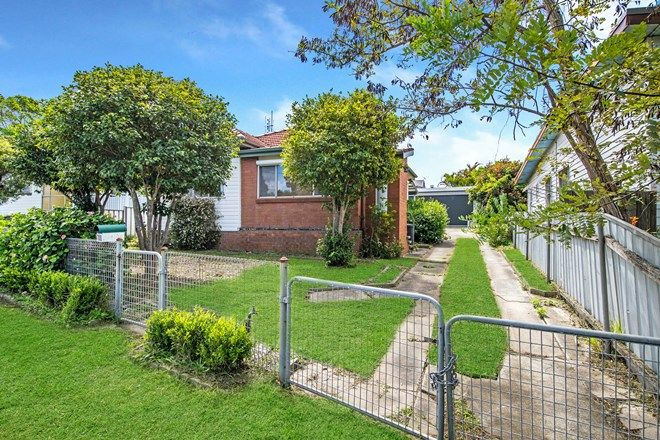 Picture of 100 Griffiths  Road, LAMBTON NSW 2299