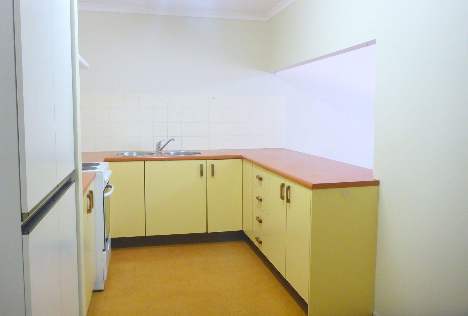 Unit/18 Todd Park St, Mount Isa QLD 4825, Image 2