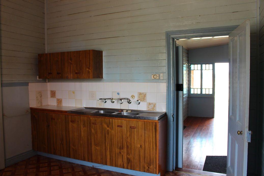 35 Bowen Street, Bingara NSW 2404, Image 2