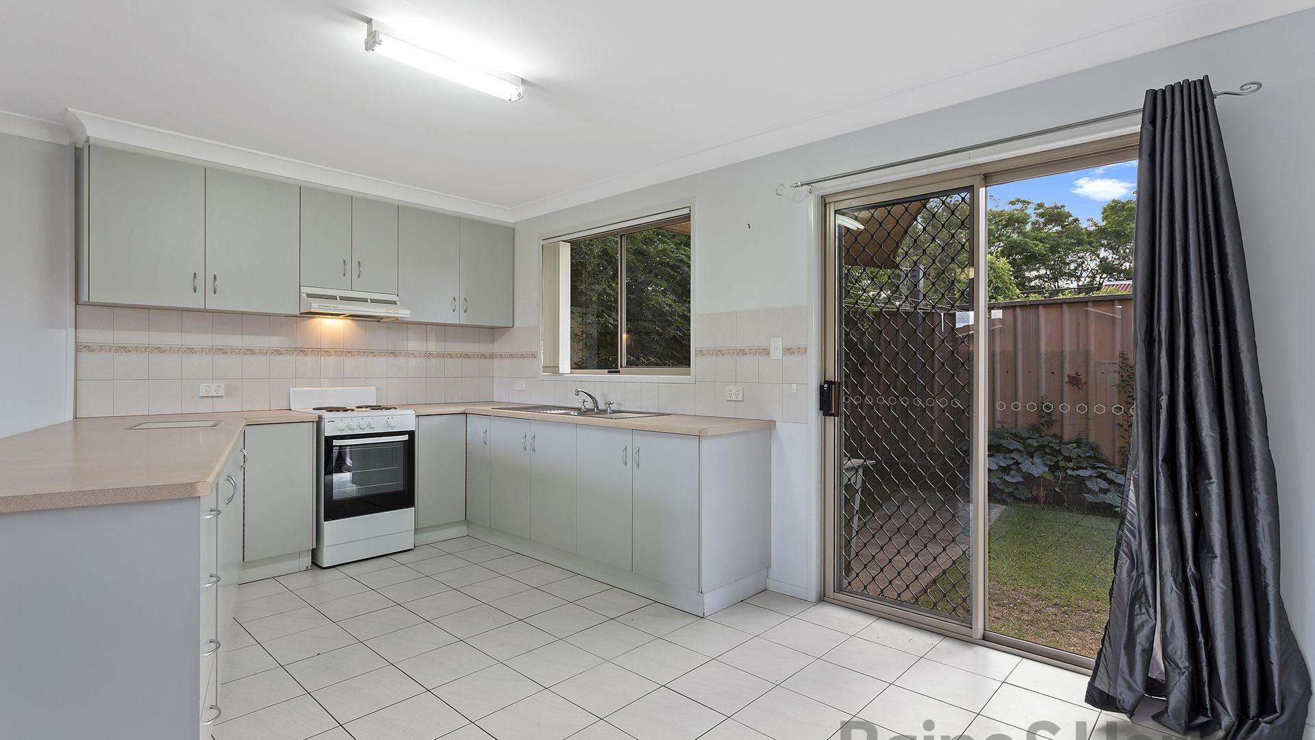 5/226 Herries Street, Newtown QLD 4350, Image 2