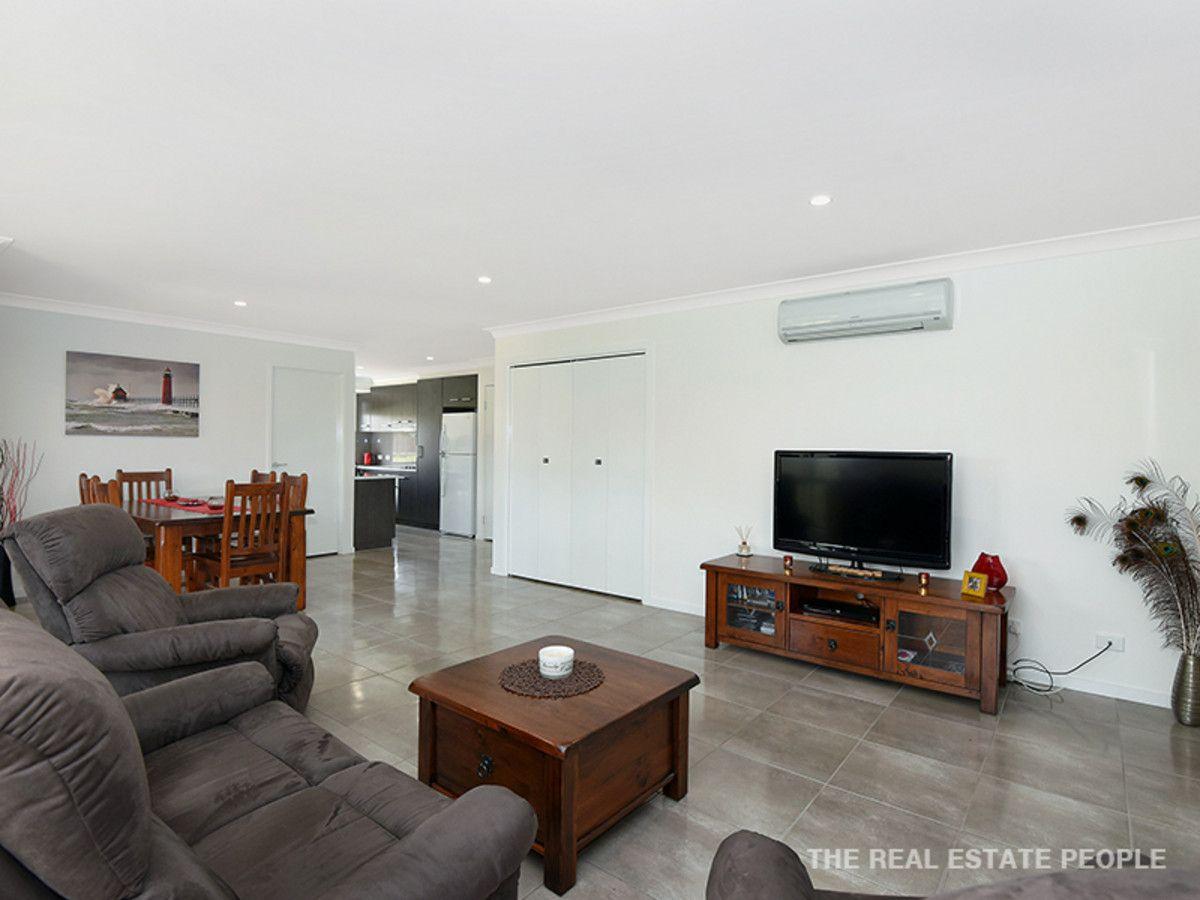 2/1 Fairfax Street, Cambooya QLD 4358, Image 2