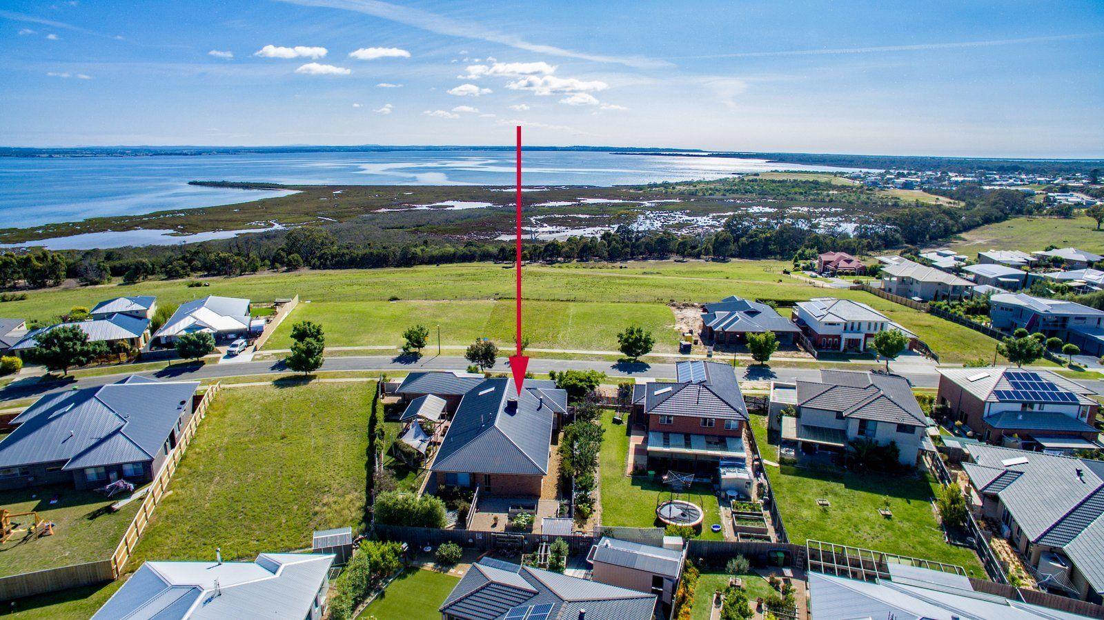 19 Eagle Bay Terrace, Eagle Point VIC 3878, Image 0