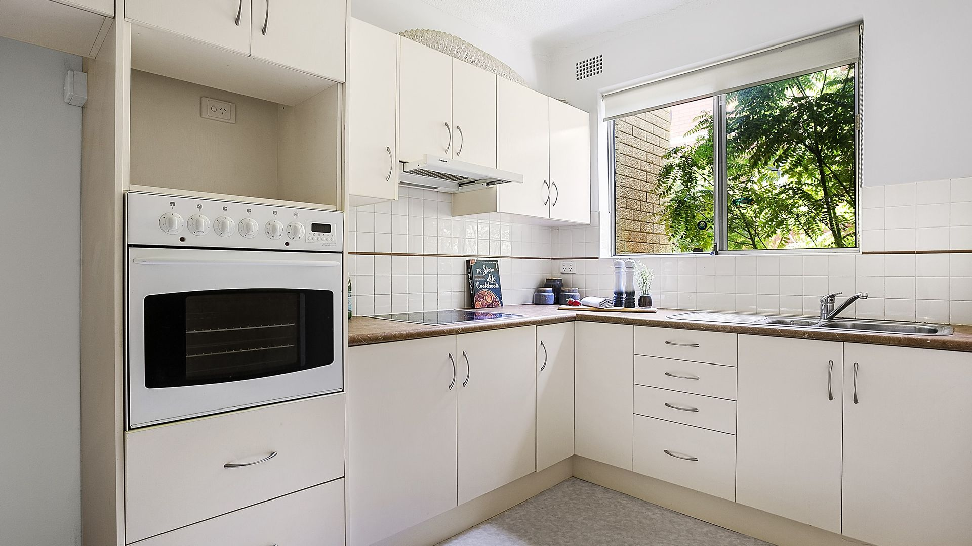 8/30-32 Terrace Road, Dulwich Hill NSW 2203, Image 2