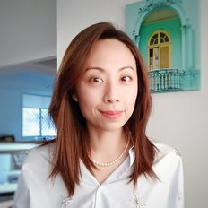 Sarah Hsieh, Sales Manager