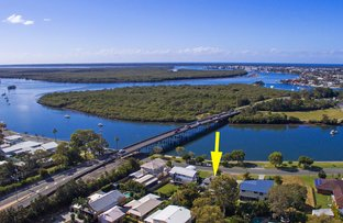 Picture of 20 Boykambil Esplanade South, Hope Island QLD 4212