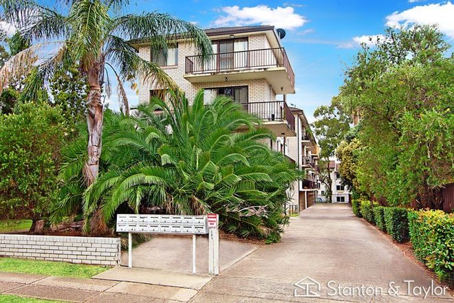 Picture of 2/191 Derby Street, PENRITH NSW 2750