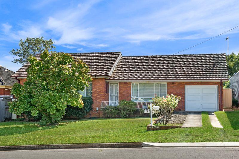 14 Reddall Street, Campbelltown NSW 2560, Image 0