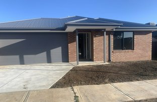 Picture of 14 Wispering Circuit, Kilmore VIC 3764