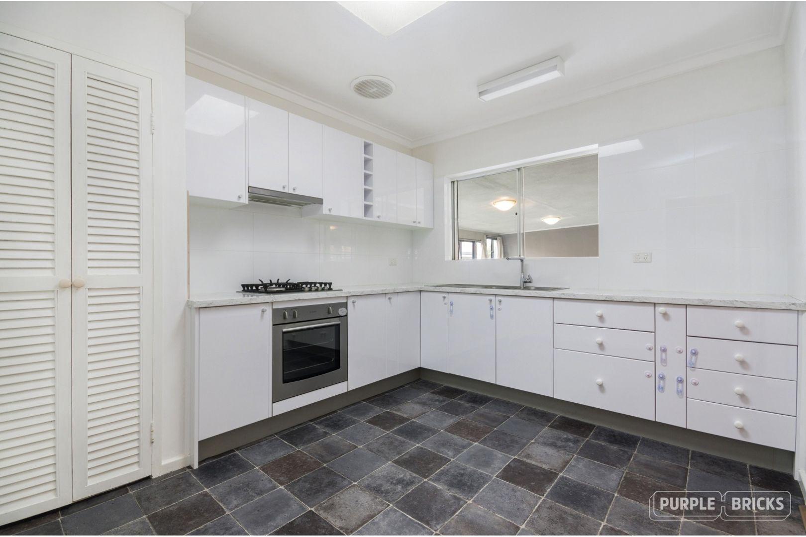 85 Dutton Crescent, Hamersley WA 6022, Image 2