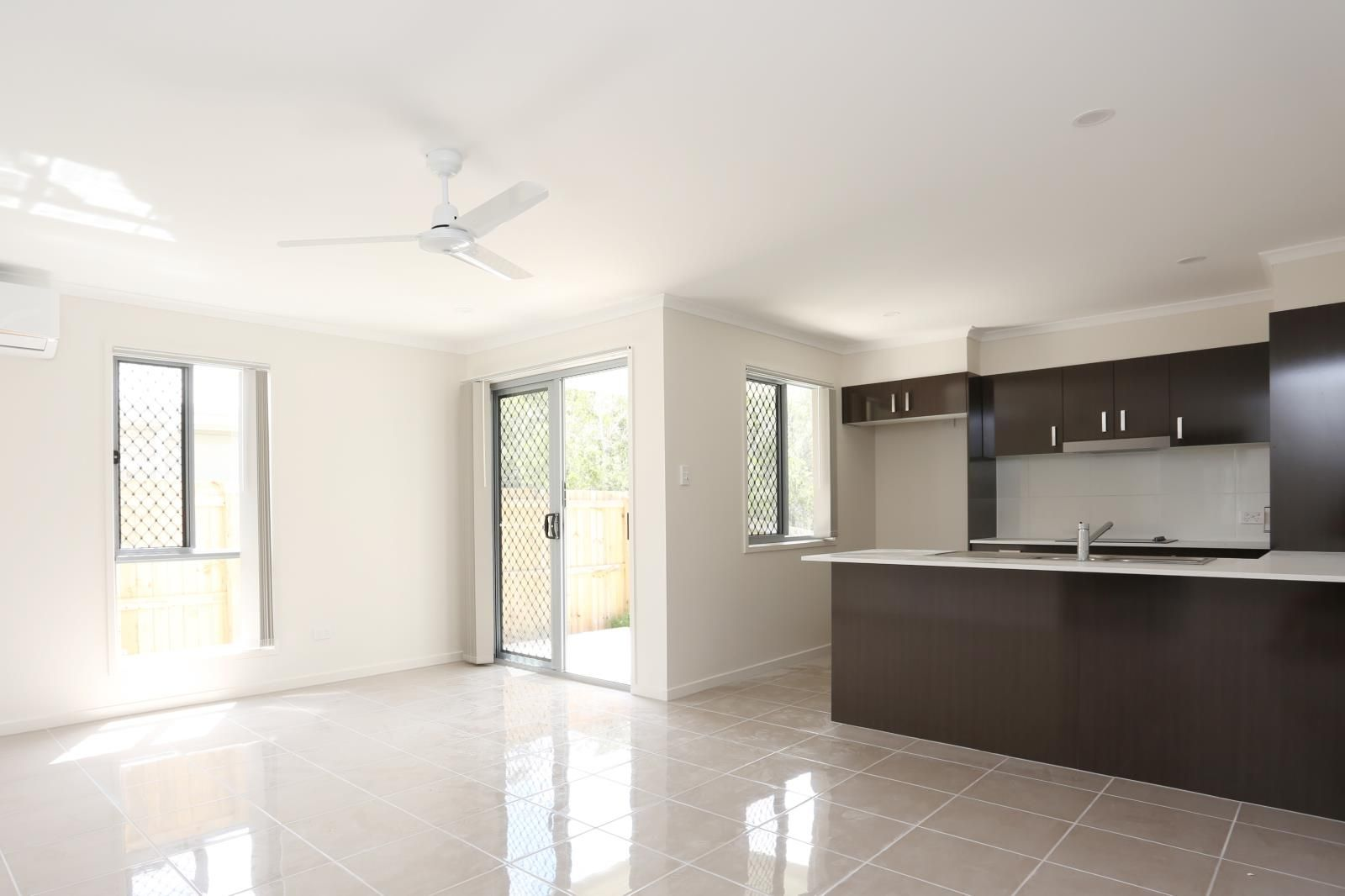 1/4 Havenswood Street, Burpengary QLD 4505, Image 2