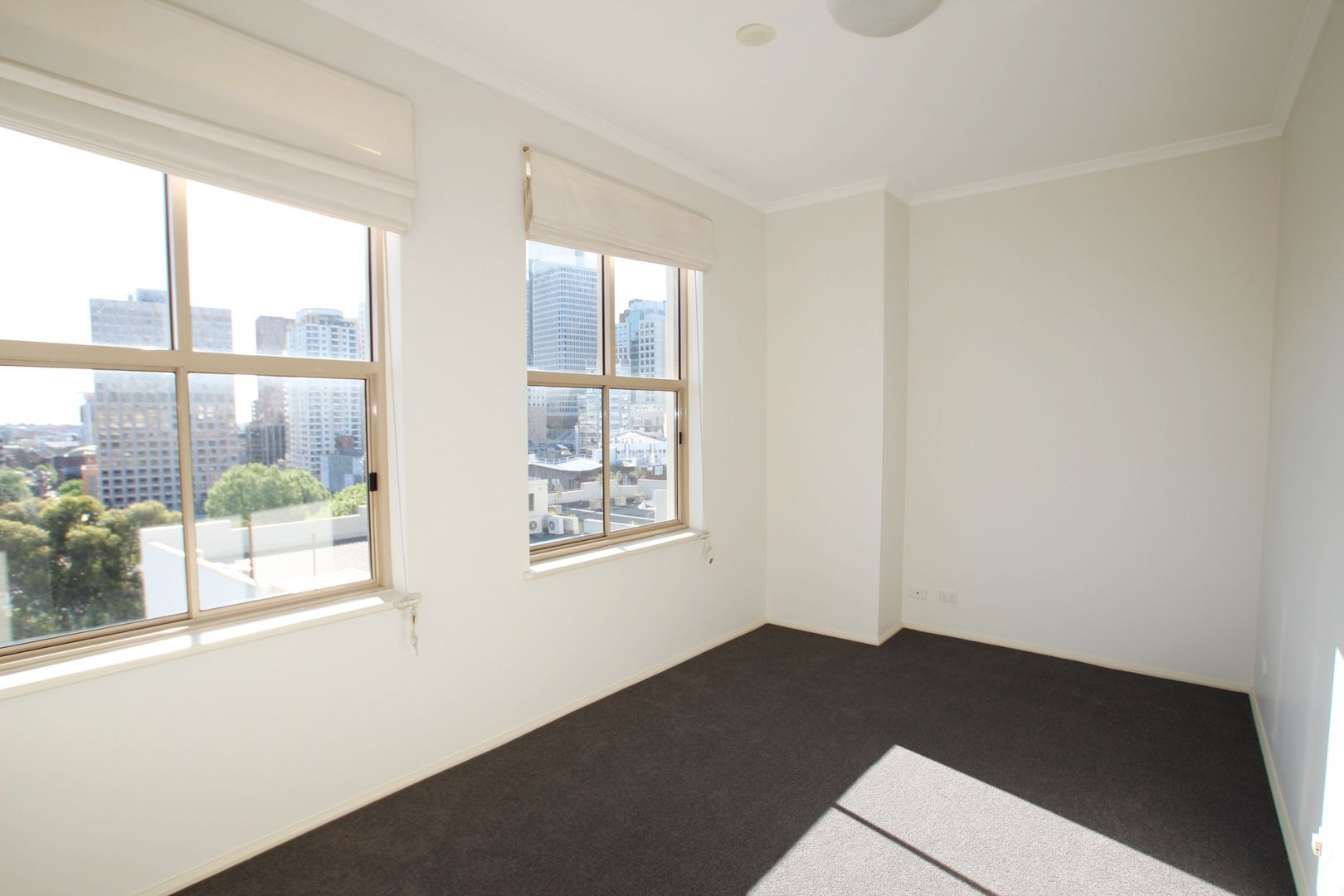 512/105 Campbell Street, Surry Hills NSW 2010, Image 2