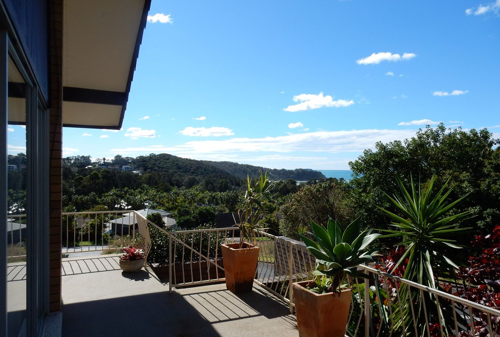2 Clarence Crescent, Coffs Harbour NSW 2450, Image 1