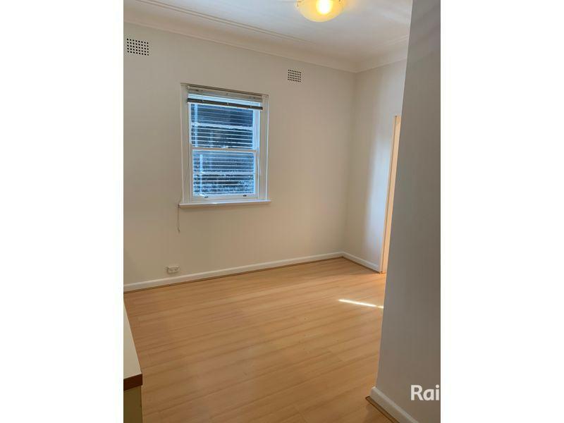 4/478-484 Penshurst Street, Roseville NSW 2069, Image 2