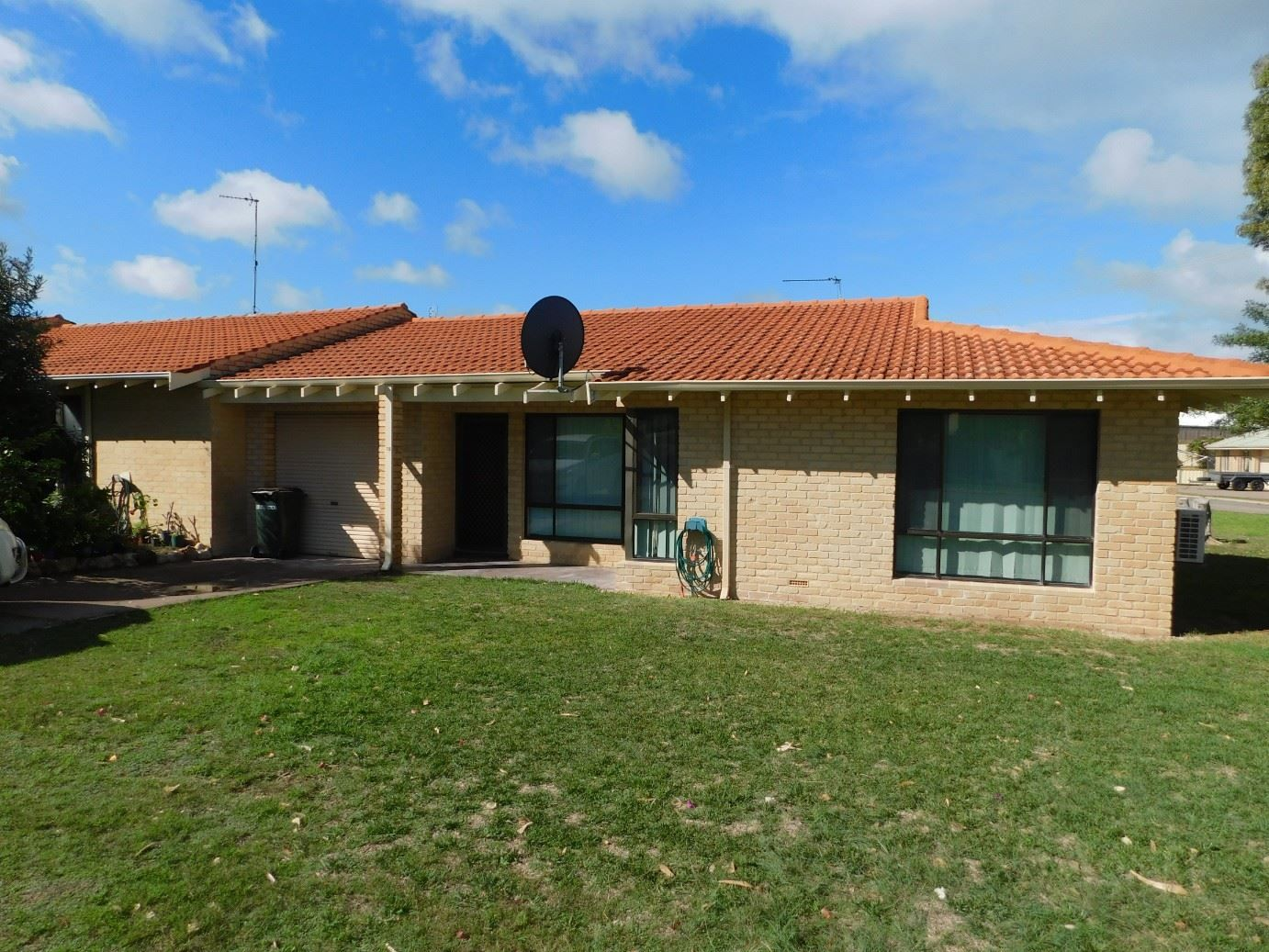 10/213 Point Leander Drive, Port Denison WA 6525, Image 0