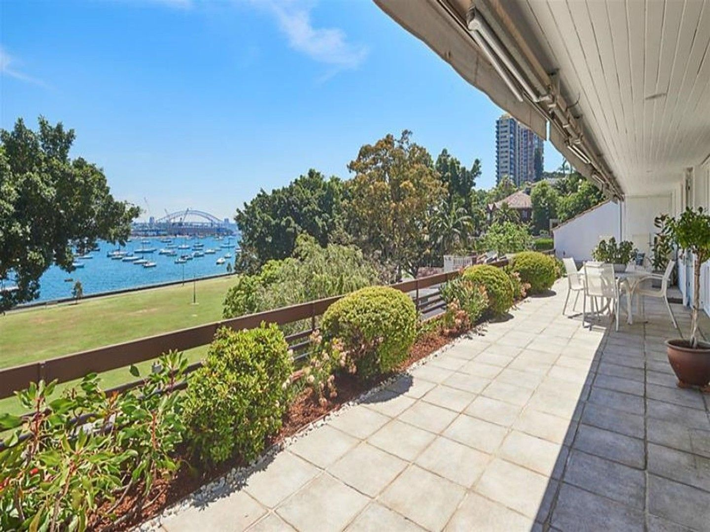 3 bedrooms House in 27 Yarranabbe Road DARLING POINT NSW, 2027