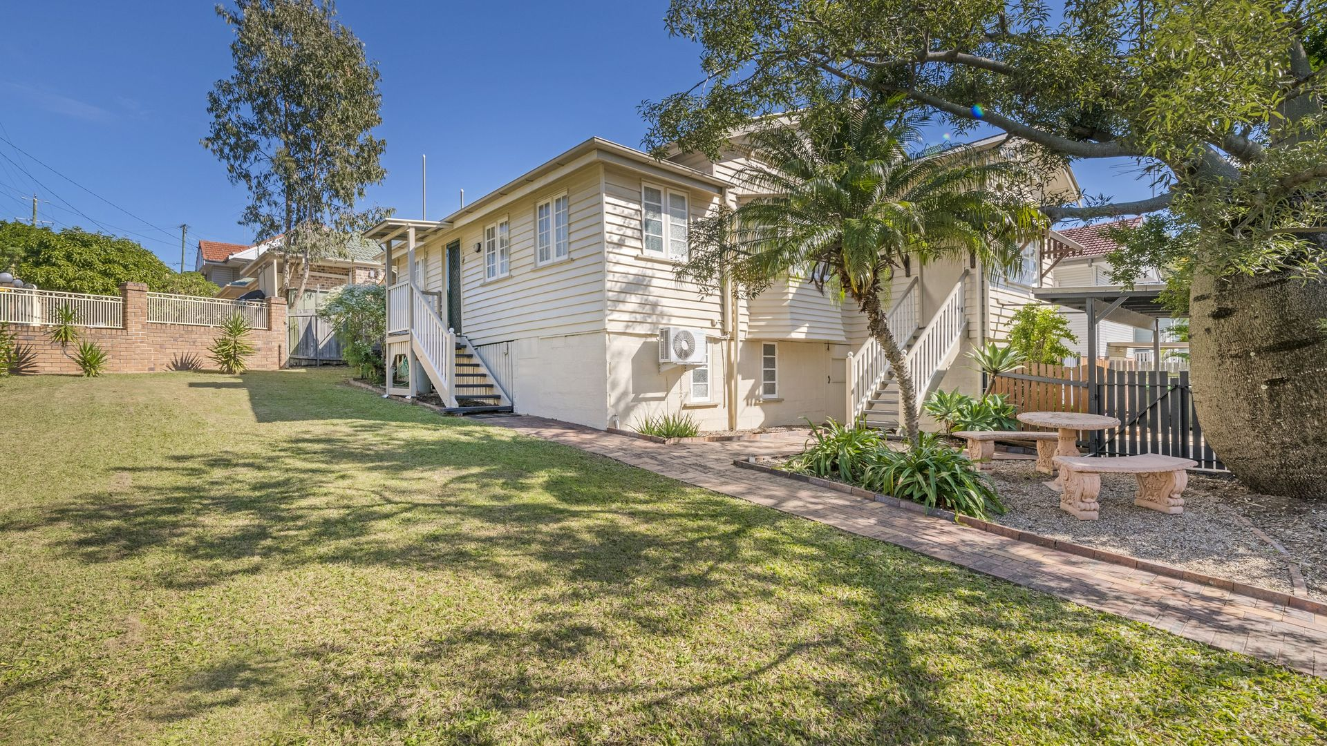 35 Iris St, Holland Park West QLD 4121, Image 1