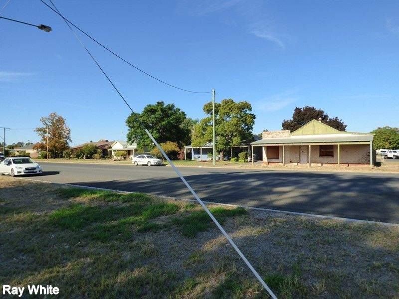 47 Show Street, Forbes NSW 2871, Image 2
