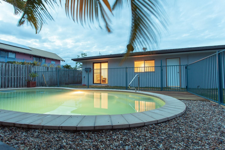 21 Surf Road, Alexandra Headland QLD 4572, Image 2