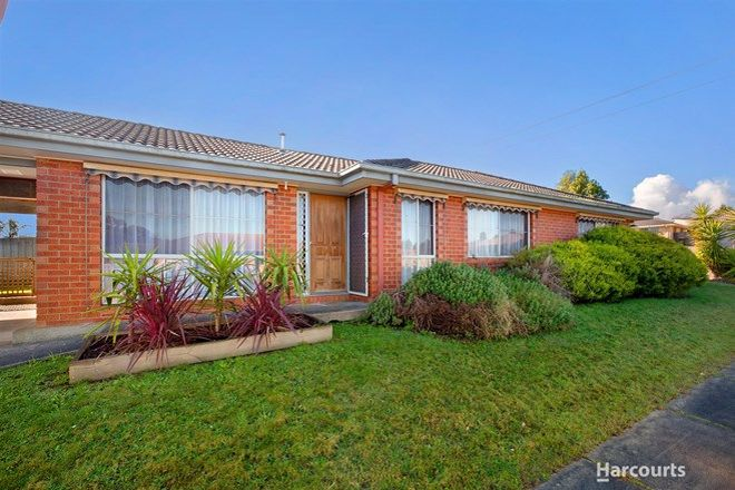 Picture of 17 Dinwoodie Drive, NEWBOROUGH VIC 3825