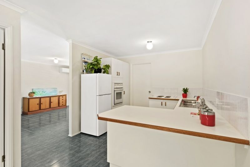 28 Lilly Pilly Drive, Banora Point NSW 2486, Image 2