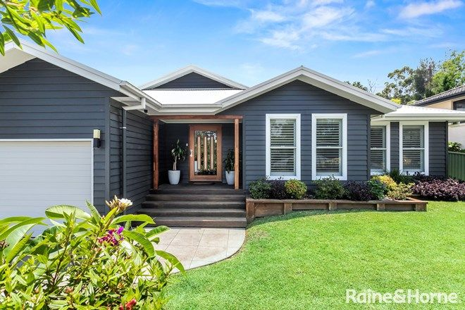 Picture of 6 Yarrawonga Drive, MOLLYMOOK BEACH NSW 2539