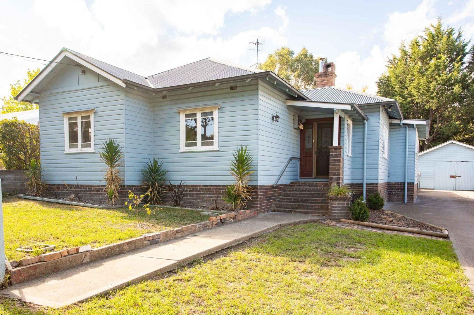 113 Jeffrey Street, Armidale NSW 2350, Image 0
