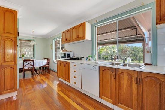 22 Stewart Street, Withcott QLD 4352, Image 2